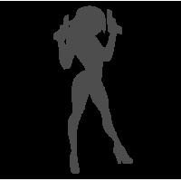 0076. Девушка с оружием