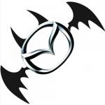 Наклейка Бетмен 14 х 12 см. универсальная на все круглые и овальные эмблемы автомобилей